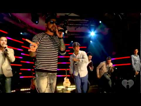 NKOTBSB Performs 'Don't Turn Out The Lights' (at iHeartRadio).flv