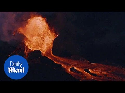 Shocking aerial footage shows lava covering 5,000+ acres - Daily Mail
