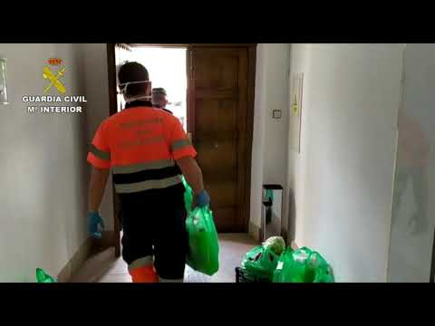 La Guardia Civil entrega material a varias residencias de la provincia de Córdoba