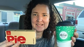 McDonalds Peppermint Mocha & Holiday Pie | Live Review ☕️