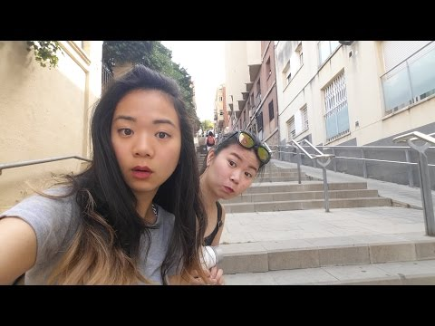 Travel Vlog - Barcelona, Gaudi and the terrible painful pebble beach