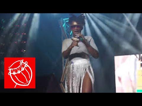 Watch Ebony Perform 'Hustle' for the First Time @ 4stye Music Video Award 17   Ghana Music