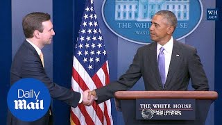 Obama surprises WH press secretary at last press briefing - Daily Mail