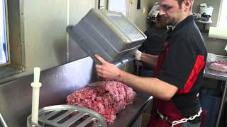 Making Pepperoni at Knutzen s Meats