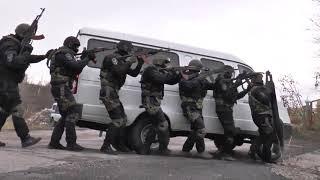 Спецназ.Учения ОМОНа.Штурм здания и захват террориста.The Doctrine Of Riot Police.