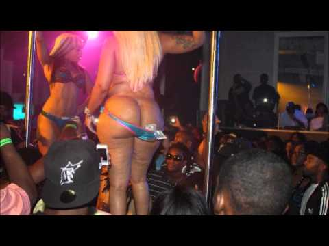 Strip Ft clubs wane