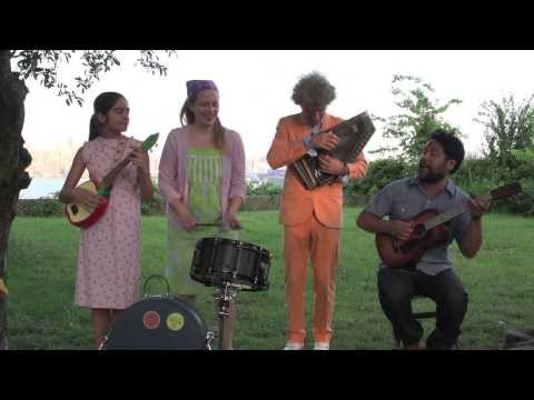 Dan Zanes & Elizabeth Mitchell with You Are My Flower- Now Let's Dance