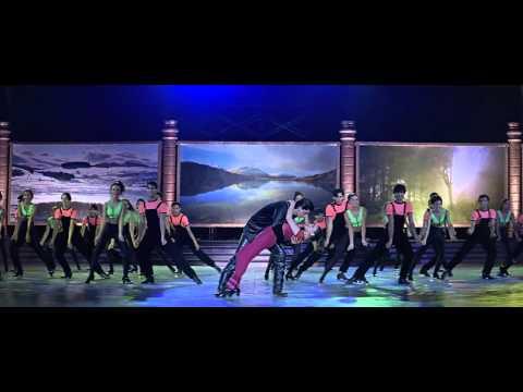 Koi Ladki Hai (Stage) - Dil To Pagal Hai (1997) *BluRay* Music Videos