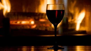 Fireplace, Thunder and Rain Outside to Relax or Sleep with this Perfect Crackling Fire – 2 Hours