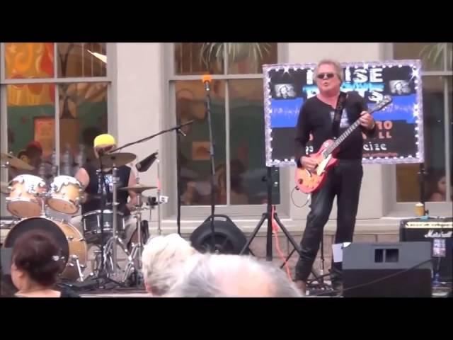 """Rock and Roll Singer"" Noise Poets LIVE at Saengerfest Park in Galveston"
