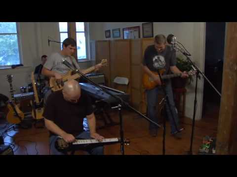"""George McConnell - """"Nothing's Wrong"""" @ Music in the Hall: Episode Five"""