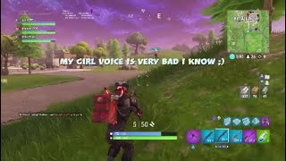 Girl VOICE FUN TROLLING NOOBS FUNNY MOMENTS