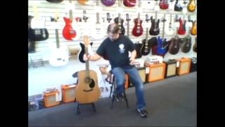Product demo Guitar Stand / Stool