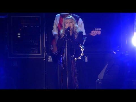 Fleetwood Mac Brings Tour To New York