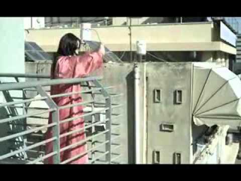 прикол!!! девушка выставляет бой френда