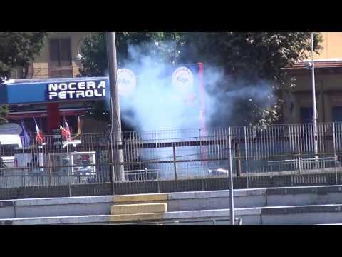 Nocerina-Foggia, scontri tra gli ultras prima della partita: due feriti