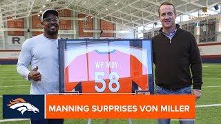 Скачать Peyton Manning Surprises Von Miller W Walter Payton Man Of The Year Nomination Denver Broncos