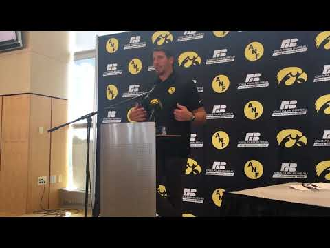 Chad Greenway on his biggest mentors at Iowa
