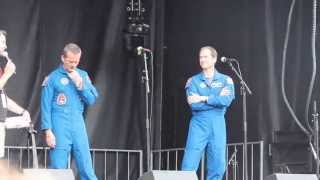 Chris Hadfield & Tom Marshburn answer questions about space, life and ISS Expedition 34/35