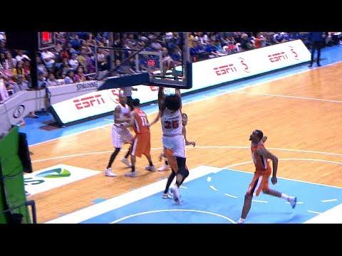 Japeth Aguilar's NASTY Alley-Oop Slam vs Meralco (VIDEO)