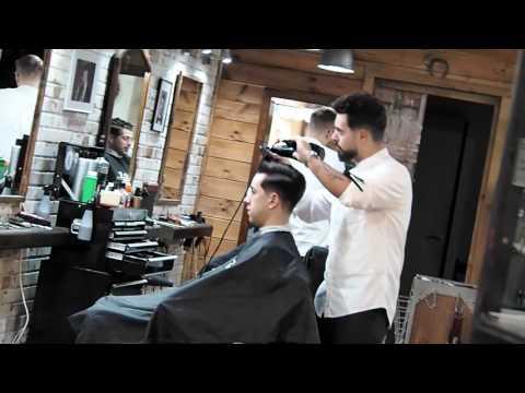 Colaboración en VIROGA'S Barbershop CADIZ // @ambarberia by Antonio Mateo