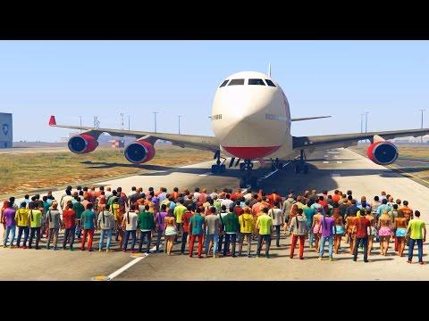 Quem vence: um avião dos grandes ou mais de 100 pessoas em GTA 5?