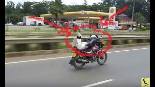 Watch CLOSELY What the BodaBoda Rider Does on BUSY Road. POLICE AMAZED With His Skills