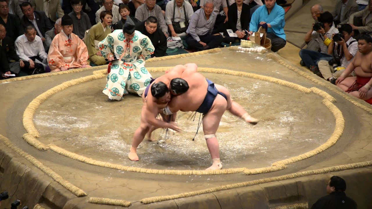 Sumo Wrestling, Tokyo, Japan, 2013; #2 - YouTube