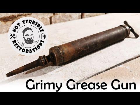 forgotten-frankfurt-grease-gun---restoration-of-a-brass-beauty
