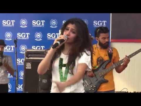 "Piche Piche Aa Gayi ""Badshah"" At SGT University"
