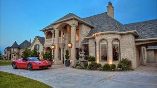 Video RICH HOUSE POOR HOUSE | MY NEIGHBORS ARE TEACHING ME TO BE POOR (story time) download MP3, 3GP, MP4, WEBM, AVI, FLV Juni 2018