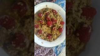 Going Vegan oatmeal, old fashion flavor with raspberries and punkin seeds