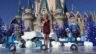 Tori Kelly Colors Of The Wind Disney Parks Unforgettable Christmas Celebration