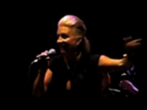 Kim Kuzma - I Say A Little Prayer - Bacharach/David - Highline Ballroom 4/12/10