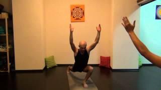 Аштанга-йога - видеоурок для среднего уровня
