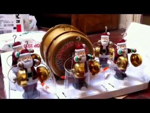 Mr. Christmas Santa Marching Band - YouTube