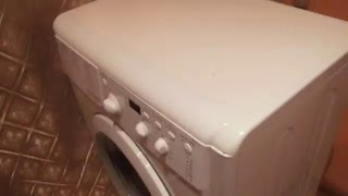 Смотреть видео как почистить фильтр стиральной машины индезит