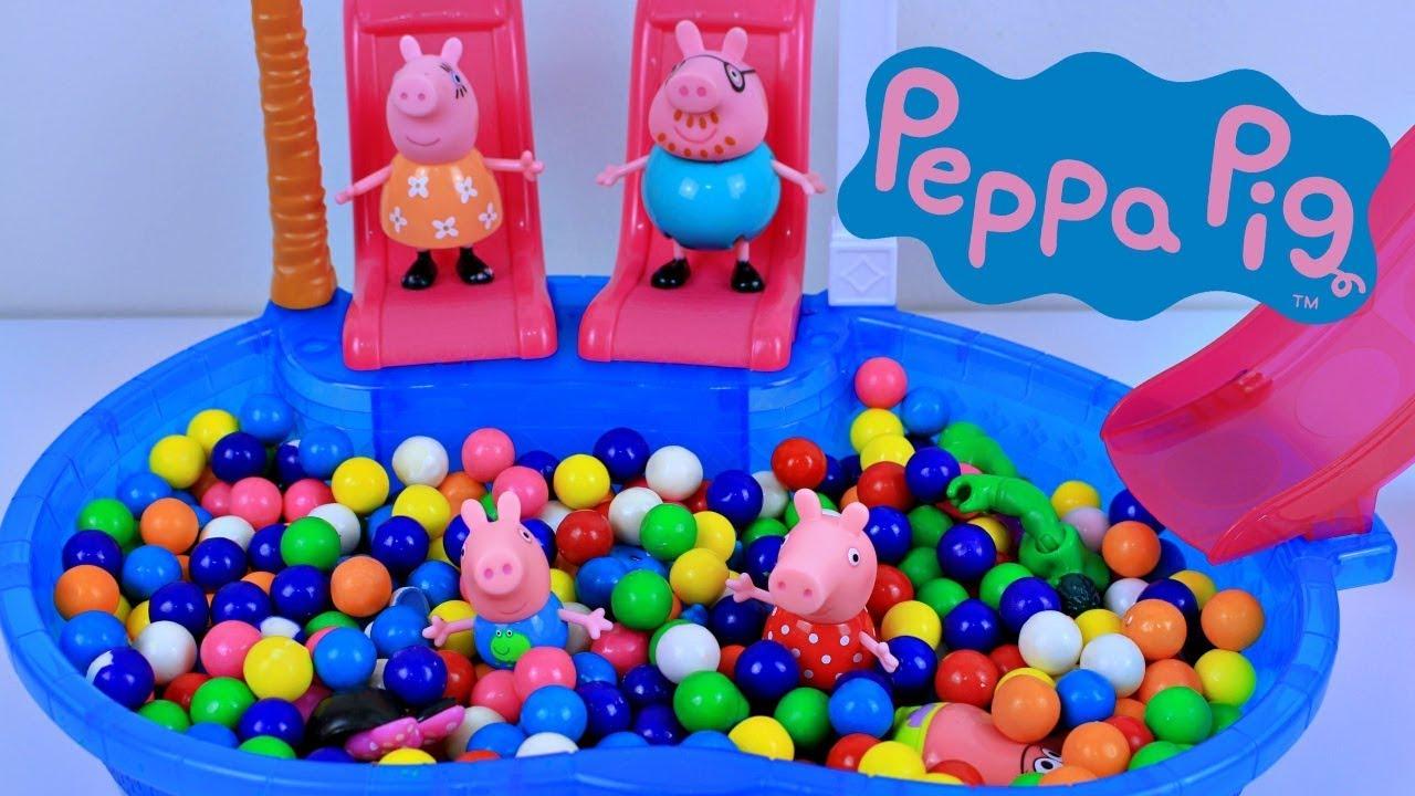 Pig George Da Familia Peppa Pig Na Piscina Colorida Com