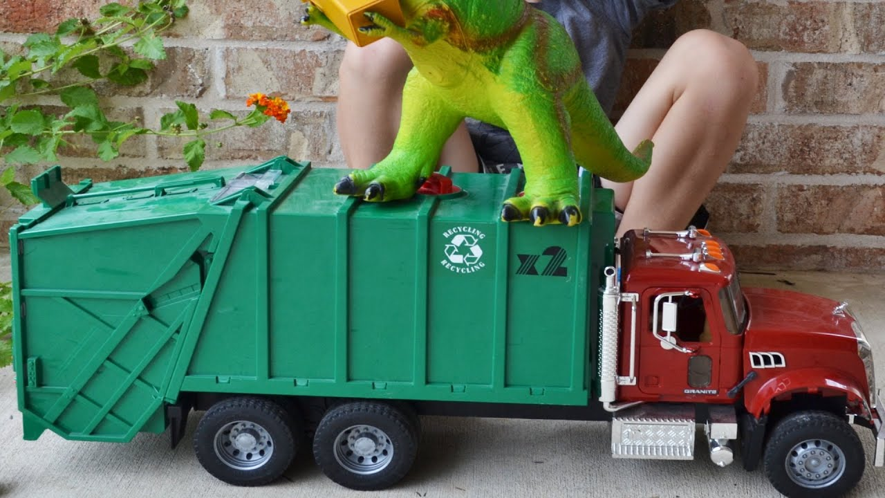Garbage Truck Videos For Children l Surprise Guest Takes Out The Trash  l Garbage Trucks Rule