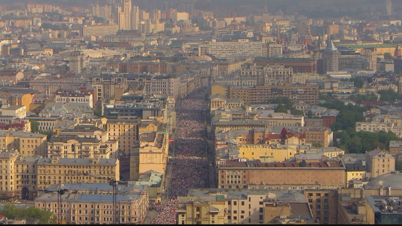 Акция «Бессмертный полк» прошла в разных городах России