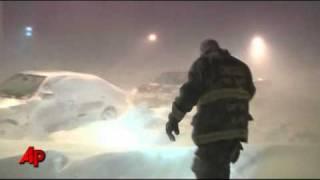 Amid Blizzard, Drivers Stranded in Chicago