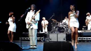 Nile Rogers and Chic - Chic Cheer and My Forbidden Lover