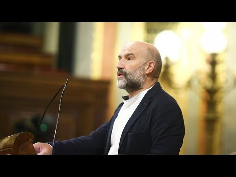 Néstor Rego: «Non podemos considerar sociais uns orzamentos do Estado que discriminan o noso pobo»