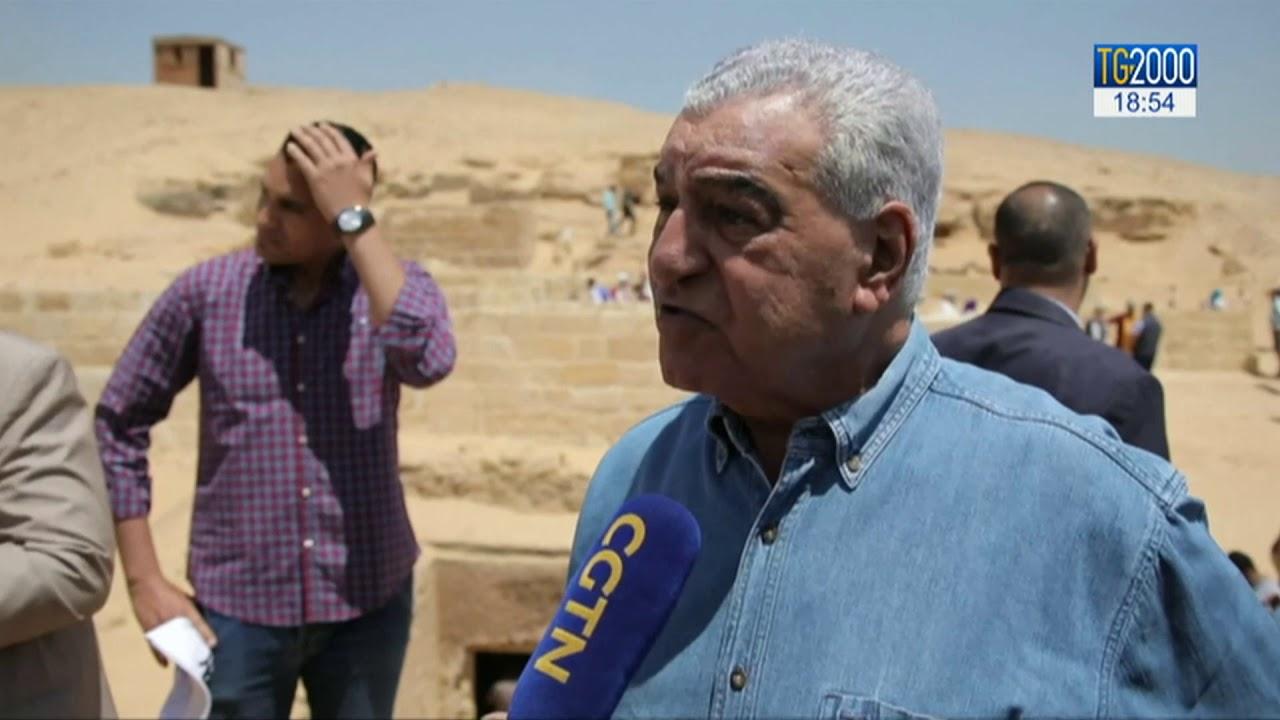 Egitto, scoperta una tomba a Giza in un cimitero vicino alle piramidi