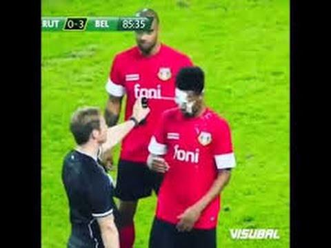 Очень смешной случай в футболе,судья нестандартно наказывает футболиста