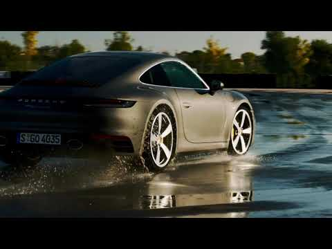 The new Porsche 911 Carrera S - Wet Mode