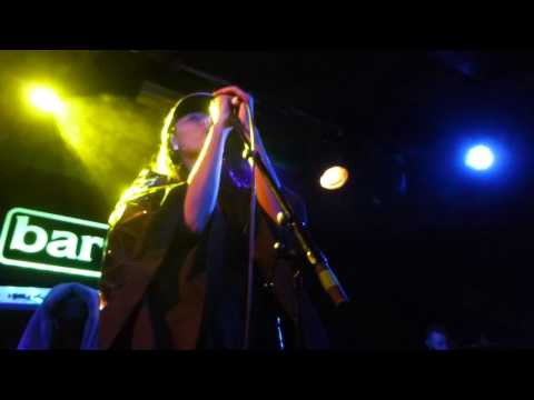 VV Brown - Ghosts (HD) - Barfly - 21.11.13
