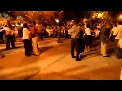Tuesday Night dancing in Santiago Park