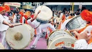 Indian music  (street performance ) (mumbai)