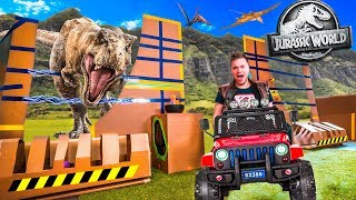 REAL LIFE JURASSIC WORLD BOX FORT ESCAPE! 🦖